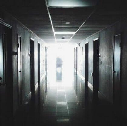 превью квеста Зловещая комната 402 Челябинск