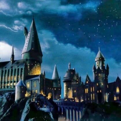 Главное изображение для квеста Прятки в Хогвартсе