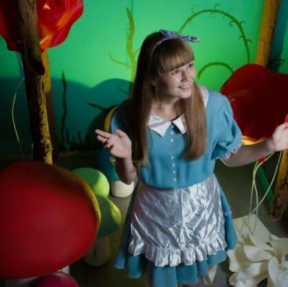 Главное изображение для квеста Алиса в Стране чудес