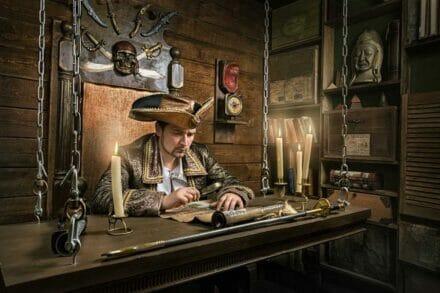 иллюстрация 2 для квеста Пираты Карибского моря Казань